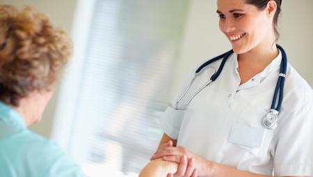 Kako prepoznati stručnu negovateljicu?